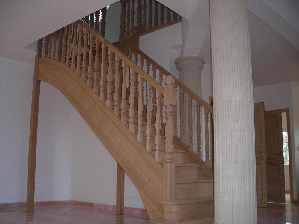 nice escalier un quart tournant 13 escaliers bois balustres poteaux. Black Bedroom Furniture Sets. Home Design Ideas