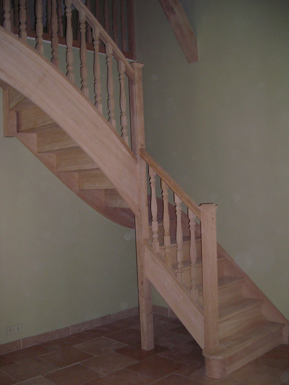 balustre bois escalier escalier chne avec balustres bois. Black Bedroom Furniture Sets. Home Design Ideas
