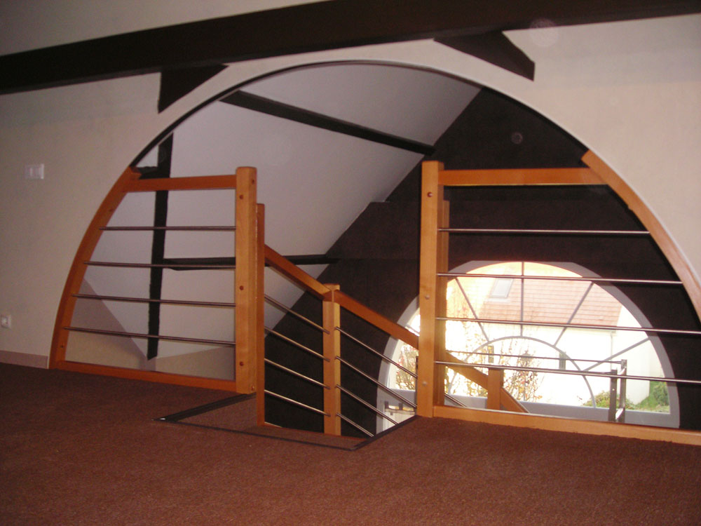 escalier bois rampe bois inox. Black Bedroom Furniture Sets. Home Design Ideas