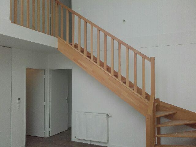 Escalier bois rampe bois for Tremie escalier quart tournant