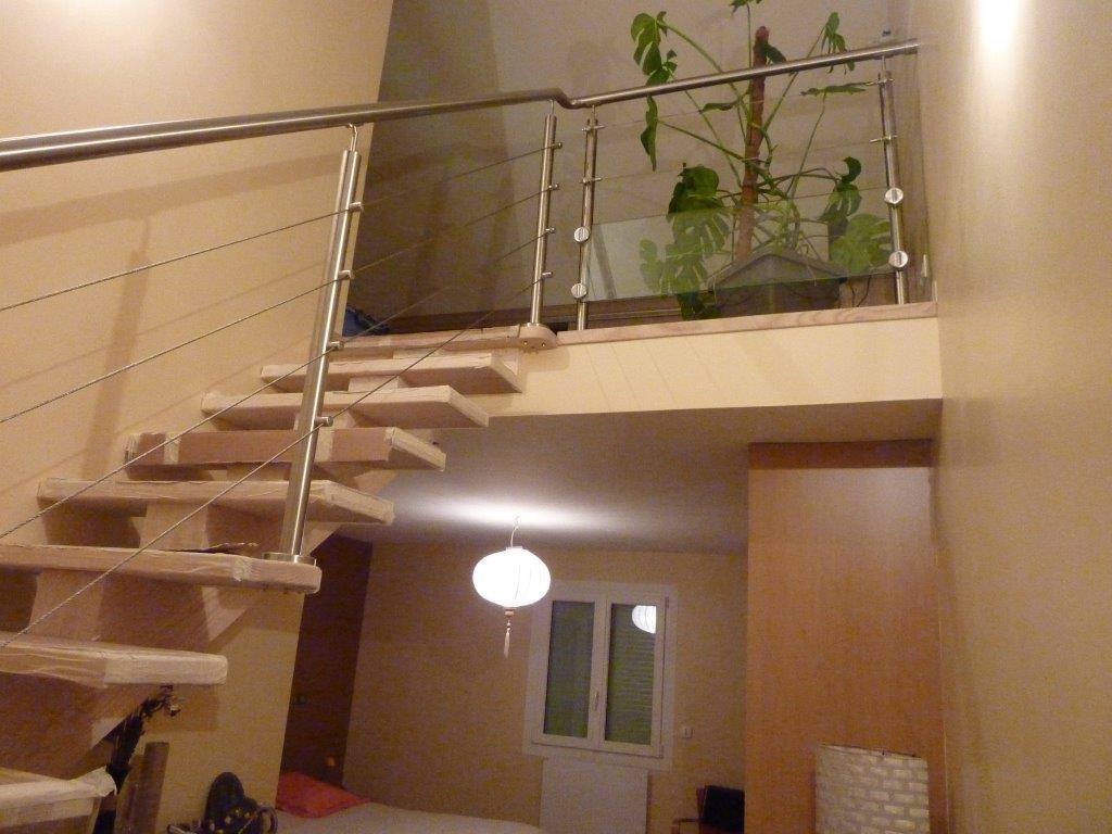 escalier bois rampe m tal. Black Bedroom Furniture Sets. Home Design Ideas