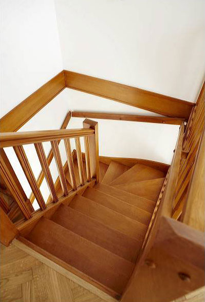 botemo sp cialiste de l 39 escalier bois. Black Bedroom Furniture Sets. Home Design Ideas